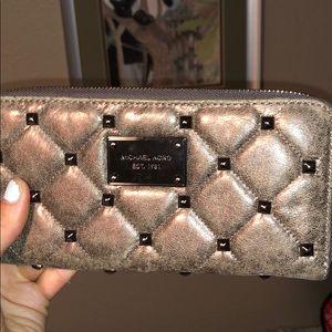 Gorgeous grey and gunmetal micheal kors wallet